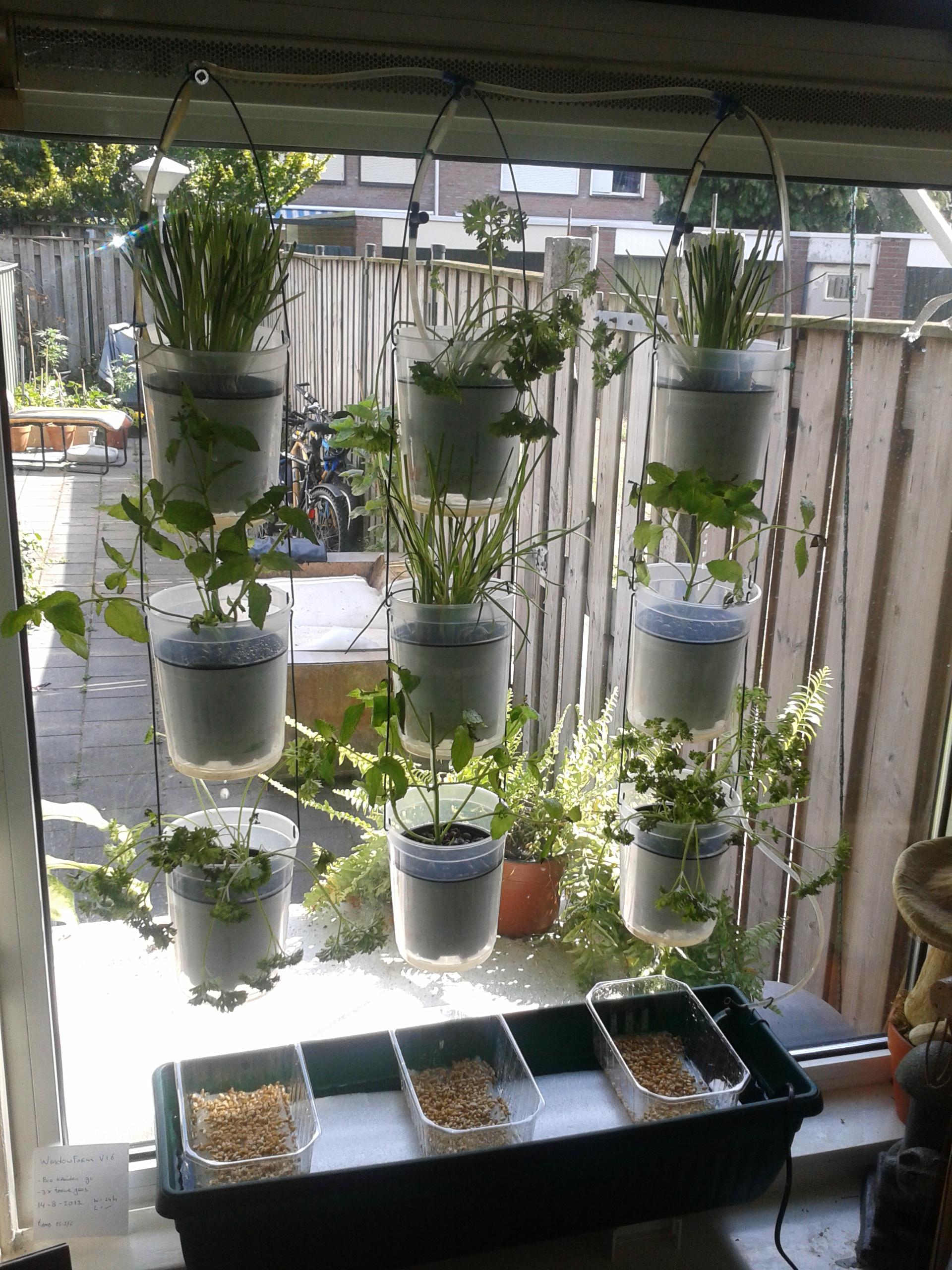 Windowfarm Modulair System (15)